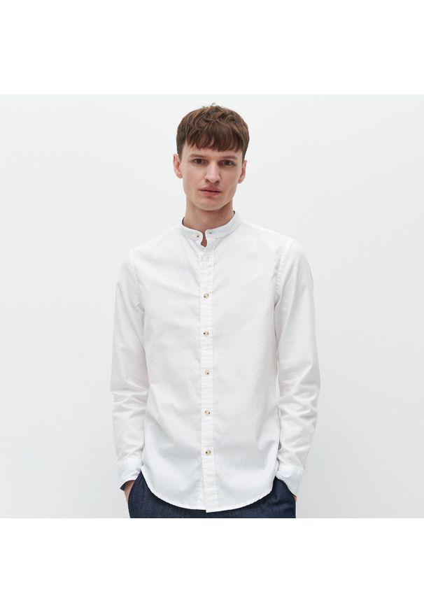 Biała koszula Reserved ze stójką