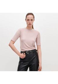 Różowy t-shirt Reserved