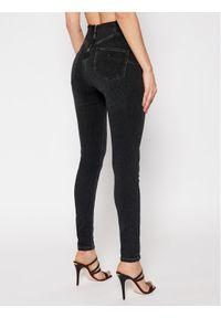 Guess Jeansy Slim Fit W1RA56 D4AQ1 Czarny Slim Fit. Kolor: czarny