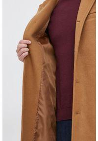 GAP - Płaszcz z domieszką wełny. Okazja: na co dzień. Kolor: brązowy. Materiał: wełna. Wzór: gładki. Styl: casual