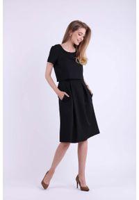 Nommo - Wizytowa Rozkloszowana Sukienka z Nakładką - Czarna. Kolor: czarny. Materiał: wiskoza, poliester. Styl: wizytowy