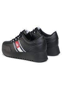Czarne buty sportowe Tommy Jeans z cholewką, na koturnie, na średnim obcasie