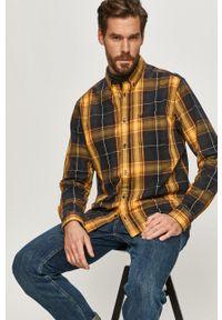 Wrangler - Koszula bawełniana. Okazja: na co dzień. Typ kołnierza: kołnierzyk klasyczny. Kolor: żółty. Materiał: bawełna. Długość rękawa: długi rękaw. Długość: długie. Styl: casual, klasyczny