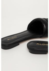 Czarne klapki Aldo gładkie, na niskim obcasie