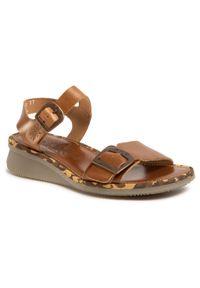 Brązowe sandały Fly London