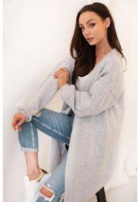 Lemoniade - Elegancki minimalistyczny sweter kardigan jasny szary. Kolor: szary. Styl: elegancki