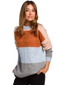 MOE - Klasyczny Sweter w Kolorowe Pasy - Model 1. Materiał: wełna, poliester. Wzór: kolorowy. Styl: klasyczny