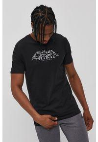 4f - 4F - T-shirt. Okazja: na co dzień. Kolor: czarny. Materiał: dzianina. Wzór: nadruk. Styl: casual