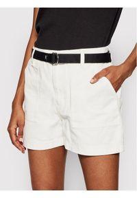 Białe szorty jeansowe Vans