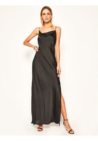 Czarna sukienka wieczorowa Patrizia Pepe