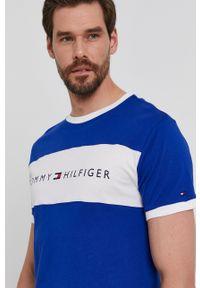 TOMMY HILFIGER - Tommy Hilfiger - T-shirt. Okazja: na co dzień. Kolor: niebieski. Materiał: bawełna. Wzór: nadruk. Styl: casual