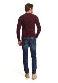 TOP SECRET - Sweter z przeplotami. Kolor: czerwony. Materiał: materiał. Długość: długie. Wzór: aplikacja, prążki. Sezon: zima