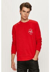 Czerwona bluza nierozpinana Jack & Jones z nadrukiem, z okrągłym kołnierzem, casualowa