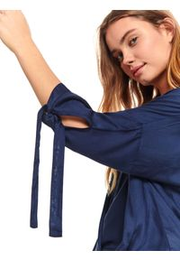 Niebieska bluzka TOP SECRET z długim rękawem, długa, w kolorowe wzory, elegancka