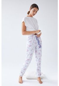 Women Secret - Women´secret - Spodnie piżamowe. Kolor: biały. Materiał: bawełna, materiał