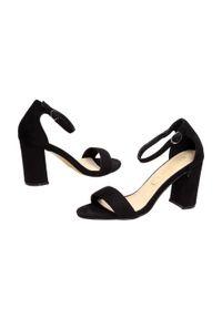 Czarne sandały Sabatina na słupku, klasyczne