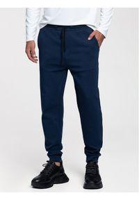 Niebieskie spodnie dresowe Vistula