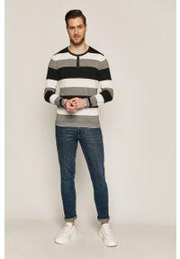 Niebieski sweter medicine na co dzień, krótki, casualowy, z długim rękawem