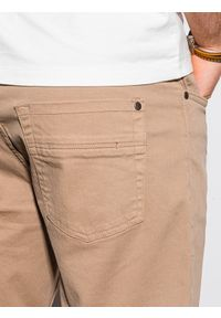 Ombre Clothing - Krótkie spodenki męskie casual W303 - ciemnobeżowe - XXL. Okazja: na co dzień. Kolor: beżowy. Materiał: elastan, tkanina, bawełna. Długość: krótkie. Sezon: lato. Styl: casual