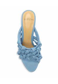 ALEXANDRE BIRMAN - Niebieskie klapki Solange. Kolor: niebieski. Wzór: ze splotem. Styl: klasyczny
