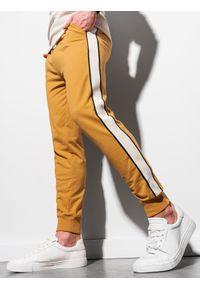 Ombre Clothing - Spodnie męskie dresowe joggery P951 - musztardowe - XXL. Kolor: żółty. Materiał: dresówka