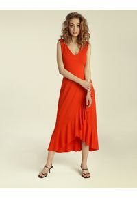 Madnezz - Sukienka Flamenco - chilli. Materiał: wiskoza, elastan. Typ sukienki: kopertowe, dopasowane