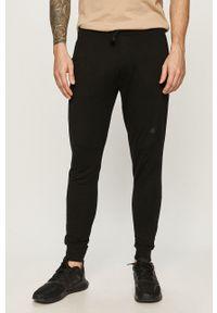 4f - 4F - Spodnie. Okazja: na co dzień. Kolor: czarny. Styl: casual