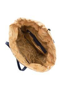 Wittchen - Damski plecak ze ściągaczem. Kolor: niebieski. Materiał: nylon. Wzór: aplikacja, paski. Styl: klasyczny, młodzieżowy