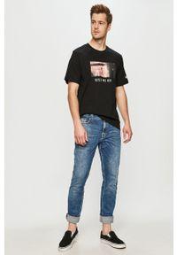 Czarny t-shirt Element casualowy, na co dzień, z motywem z bajki
