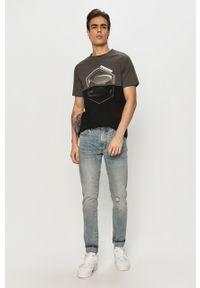 Czarny t-shirt PRODUKT by Jack & Jones na co dzień, z nadrukiem