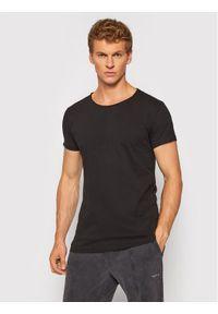 Tigha T-Shirt Wran 100879 Czarny Regular Fit. Kolor: czarny