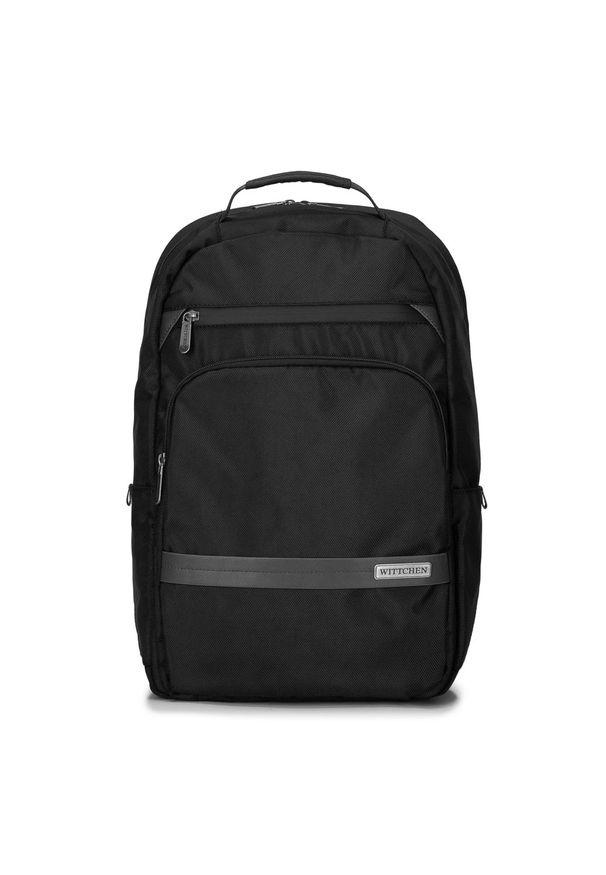 """Wittchen - Męski plecak na laptopa 15,6"""" z krytym suwakiem. Kolor: czarny. Materiał: poliester. Wzór: aplikacja. Styl: klasyczny, elegancki, casual"""