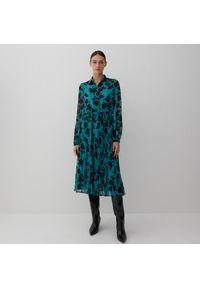 Reserved - Wzorzysta sukienka midi - Turkusowy. Kolor: turkusowy. Długość: midi