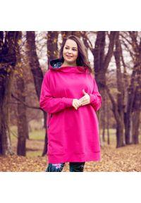 Moda Size Plus Iwanek - Amarantowa bluza dresowa Inga XXL OVERSIZE JESIEŃ ZIMA. Kolor: różowy. Materiał: dresówka. Długość: krótkie. Sezon: zima, jesień. Styl: elegancki