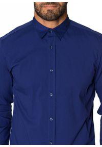 Koszula ze stretchem Slim Fit bonprix kobaltowy. Kolor: niebieski. Długość rękawa: długi rękaw. Długość: długie