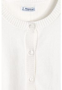 Kremowy sweter Mayoral na co dzień, casualowy