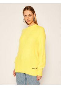 Żółty sweter klasyczny Tommy Jeans