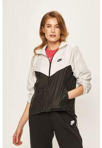Nike Sportswear - Kurtka. Okazja: na co dzień. Kolor: biały. Materiał: tkanina. Styl: casual