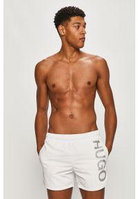 Białe kąpielówki Hugo z nadrukiem