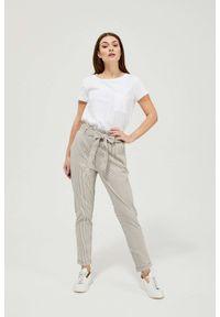 MOODO - Spodnie bawełniane w paski. Stan: podwyższony. Materiał: bawełna. Długość: długie. Wzór: paski