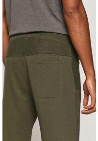 Spodnie dresowe medicine