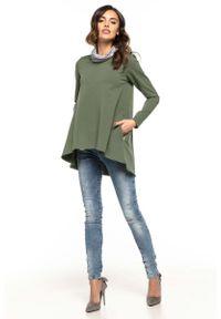 Tessita - Zielona Oversizowa Bluzka-Tunika z Golfem w Kwiaty. Typ kołnierza: golf. Kolor: zielony. Materiał: poliester, elastan, bawełna. Wzór: kwiaty