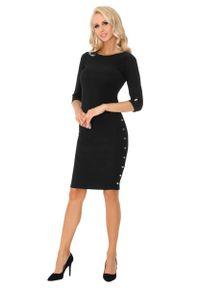 Merribel - Czarna Ołówkowa Midi Sukienka z Ozdobnymi Guzikami. Kolor: czarny. Materiał: poliester. Typ sukienki: ołówkowe. Długość: midi