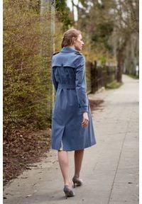 Marie Zélie - Trencz Adria bawełna z elastanem szarobłękitny. Kolor: niebieski. Materiał: bawełna, elastan. Sezon: lato. Styl: klasyczny #9
