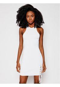 Guess Sukienka letnia W1GK90 Z2U00 Biały Slim Fit. Kolor: biały. Sezon: lato