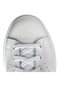 Białe półbuty Adidas z paskami, z cholewką, na lato