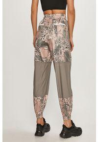 Szare spodnie dresowe Adidas by Stella McCartney