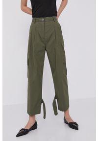 Liviana Conti - Spodnie. Kolor: zielony. Materiał: tkanina