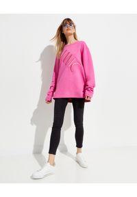 MMC STUDIO - Różowa bluza z logo Label. Kolor: różowy, fioletowy, wielokolorowy. Materiał: materiał, bawełna. Długość rękawa: długi rękaw. Długość: długie. Wzór: haft, aplikacja