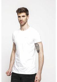 Pepe Jeans - T-shirt. Okazja: na co dzień. Kolor: biały. Materiał: dzianina. Wzór: gładki. Styl: casual